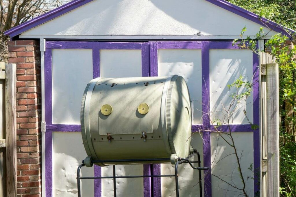 Should I Put My Compost Tumbler in the Sun?