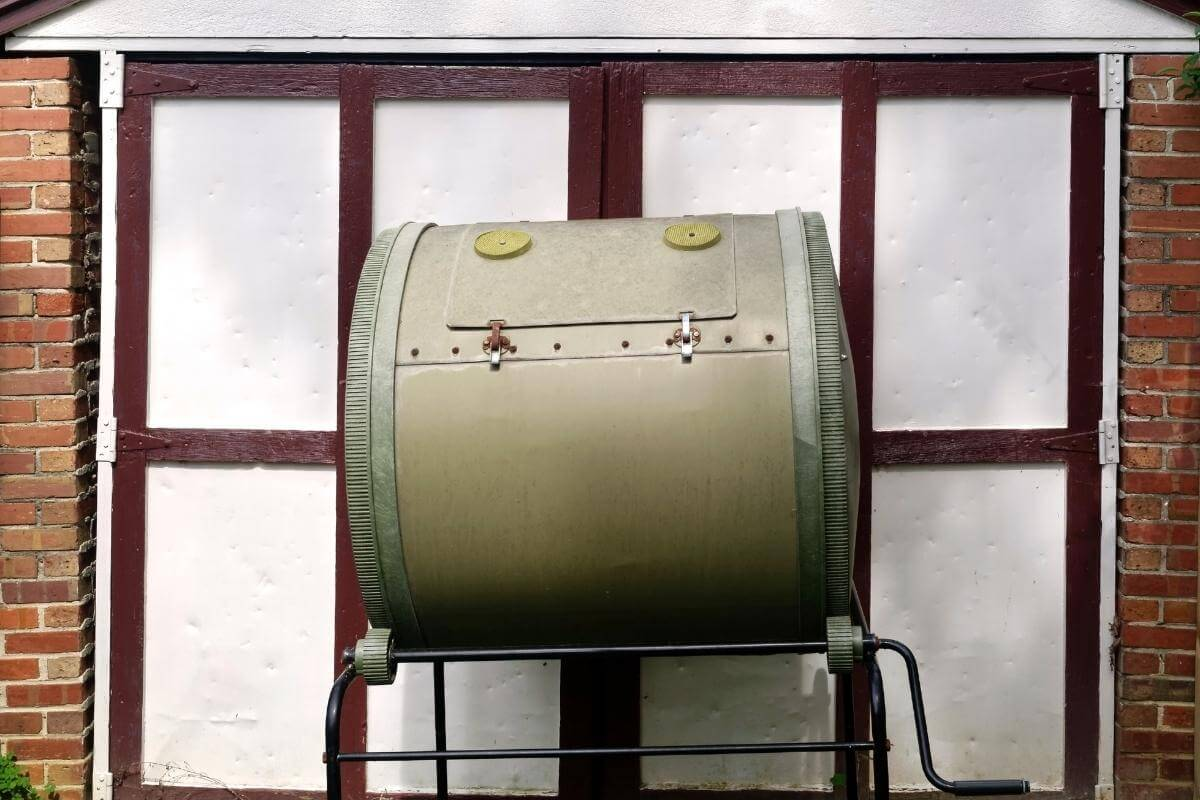 Where to Place a Compost Tumbler